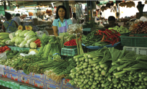Bang rong local Market. Opening hours: Tuesdays 12:00 - 18:00. Local market at Ban Bang Rong intersection.